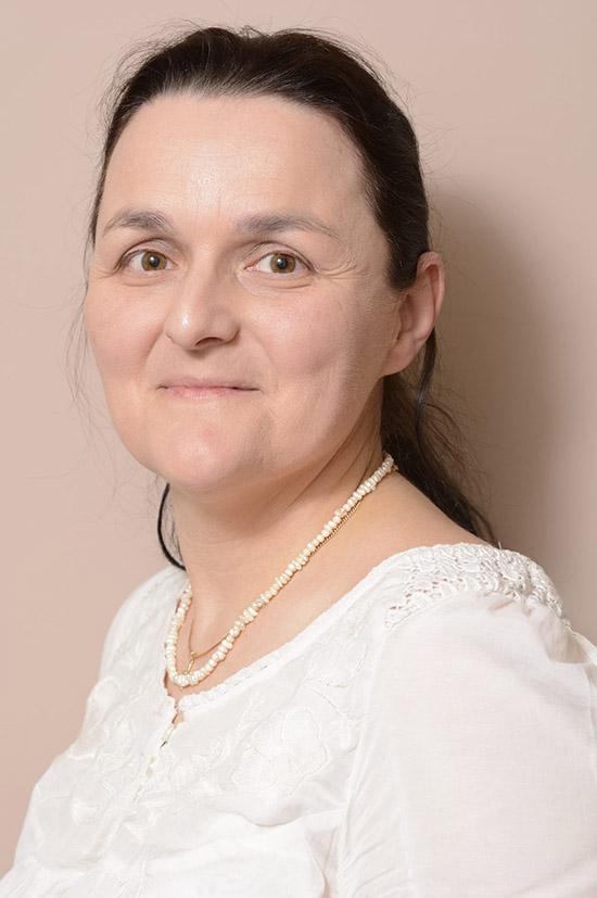 Siklós Krisztina